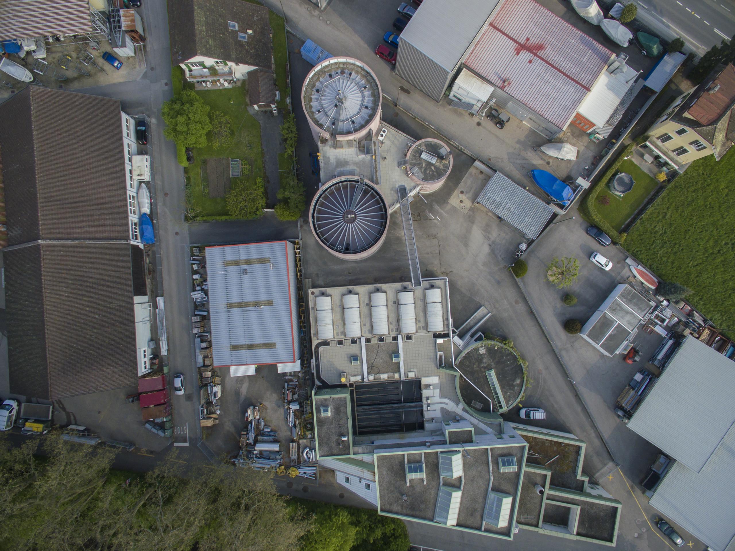 Vue aérienne de la STEP de Rolle en mai 2016. (© Didier Kessi - focales.ch)